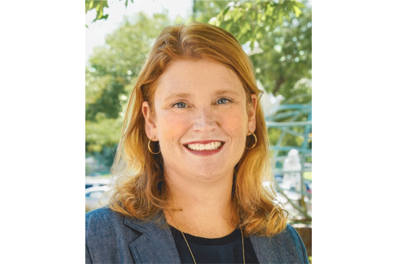 Elizabeth Hallgren Headshot